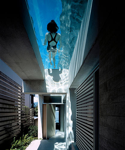 Swimming pool window